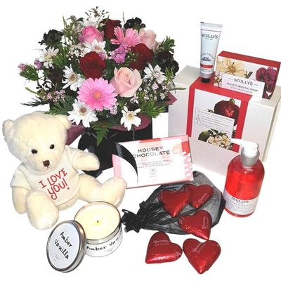Romantic Gift Baskets Auckland and romance red flowers