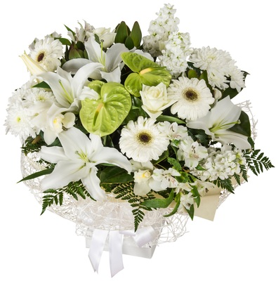 white flowers in bouquet auckland nz delivery