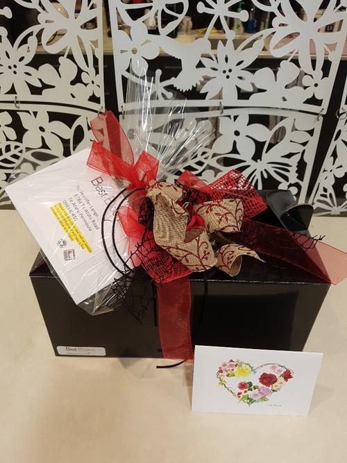 Testimonial for Snuggle Up Hot Chocolate Gift Hamper Box