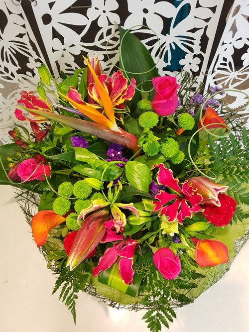 Testimonial Photo for Florist's Choice - Fresh Today - FREE DELIVERY